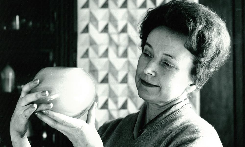 Benny Motzfeldt, Hadeland Glassverk's first female designer