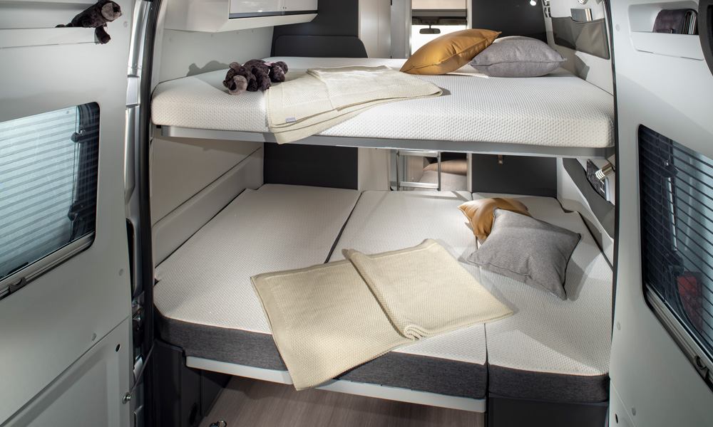 An example of a bed solution in a Twin Supreme. The lower bed can in other variants provide space for good storage space.
