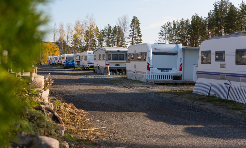 The combination of pitches, camping cabins and apartments creates a full-service facility.