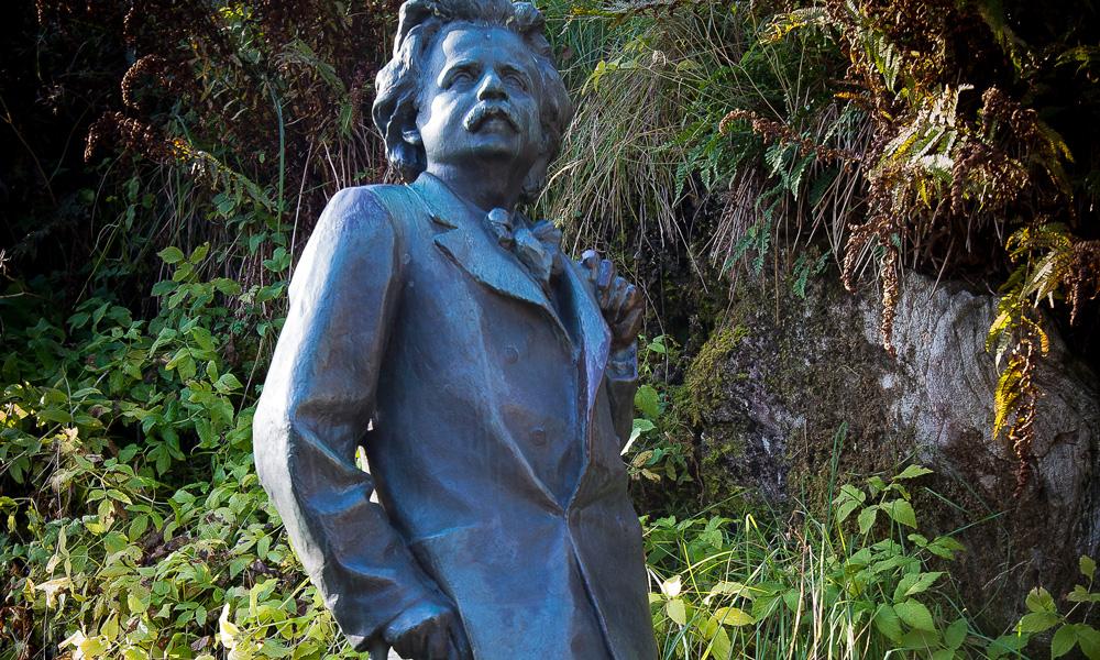 World celebrity Edvard Grieg created music of eternal value.