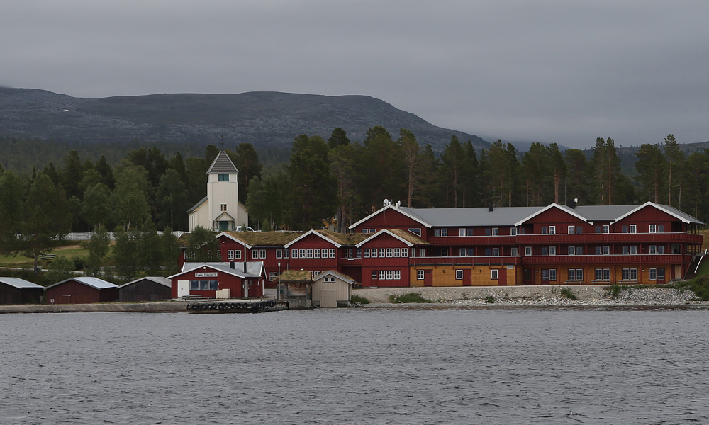 Hotel and ski reception on the pier in Elgå.