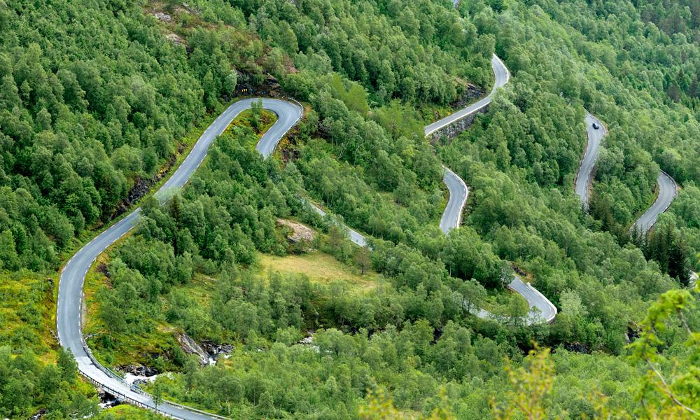 Gaularfjellet is een van de meer onbekende toeristische routes. De foto is genomen vanuit Utsikten, een nieuwe favoriet onder mensen die veel onderweg zijn. Foto: Jarle Wæhler / The Norwegian Public Roads Administration