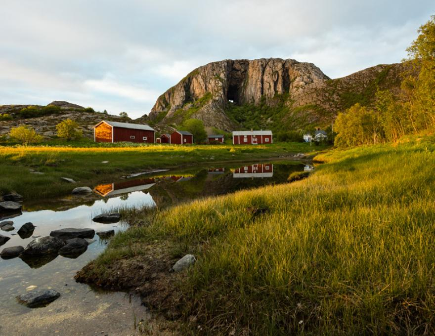 Brønnøysund - The coastal town in the middle of Norway