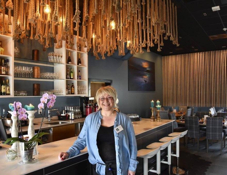 Nina im Aurora Restaurant