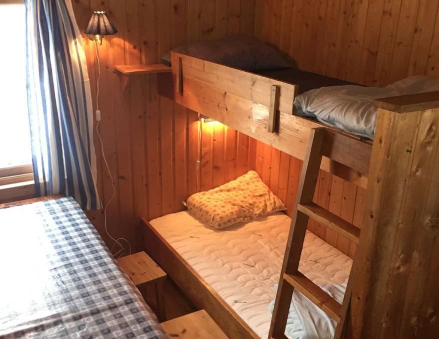 Simple small cabins © Myrkdalen Camping