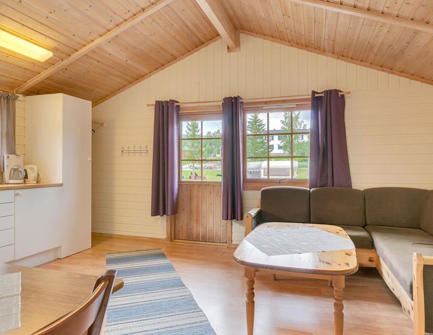 © Pluscamp Ballangen Camping, Cottage 35kvm, 4 Personen