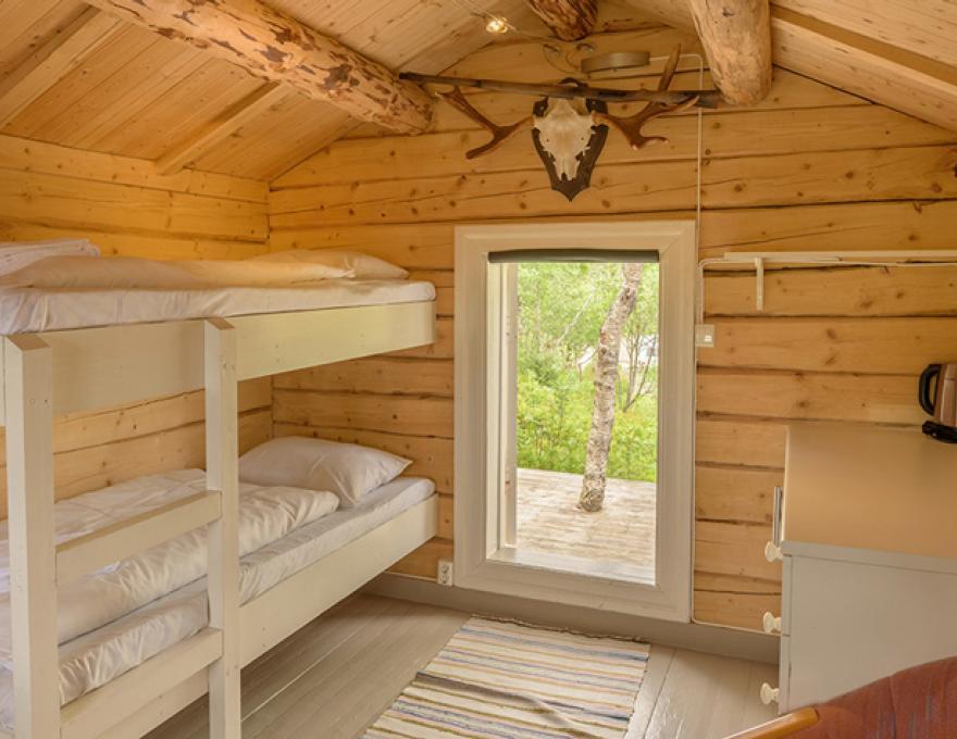 Tømmerhytta - Kabelvåg Feriehus & Camping