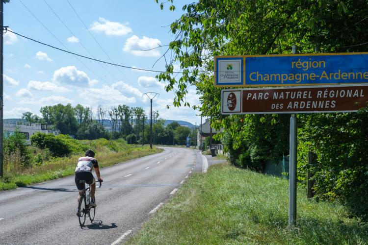 Here we drive from Belgium into the French region of Champagne-Ardenne. Including the regional nature park