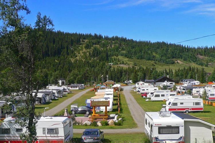 Bjørkestølen Het hele jaar door kamperen is prachtig gelegen in Tisleidalen tussen Valdres en Hallingdalen